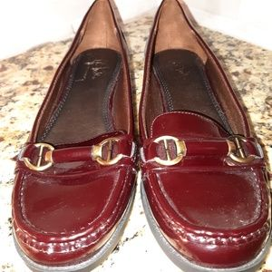 Life Stride brown leather loafers size 8.5